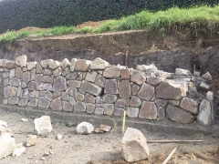 docaster-rock-retaining-wall-during1