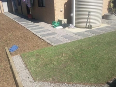 torquay-paving-lawn-retaining-wall-10