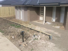 waurn-ponds-landscaping-retaining-wall-1